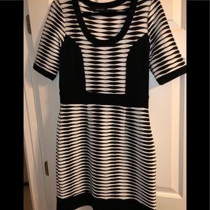 Karen Kane dress size Large.